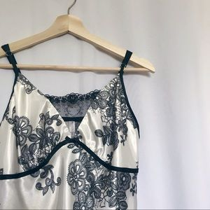 4/$25 George lace night slip dress